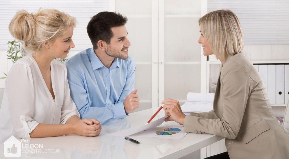 Immobilier locatif : faut-il investir en direct ou acheter des SCPI ?
